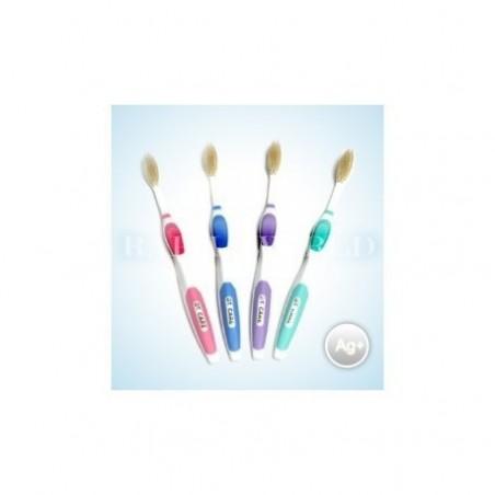Szczoteczka do zębów ze srebrem ACT 4 sztuki